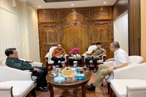 Ketua Umum Muhammadiyah Haedar Nasir dan Wakil Ketua Umum DMI Syafruddin