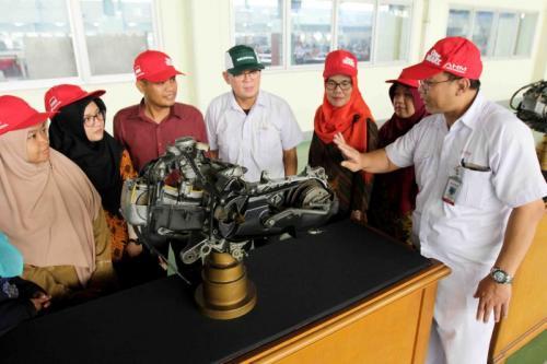 Kunjungan pabrik Honda