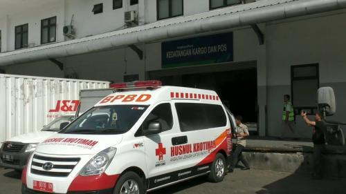 Korban penembakan di Papua dibawa ke Makassar Foto: Herman