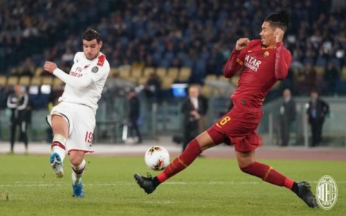 Suasana laga AS Roma vs AC Milan