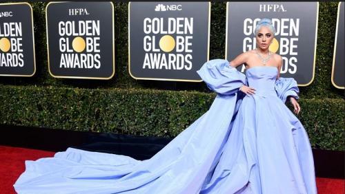 Gaun Lady Gaga