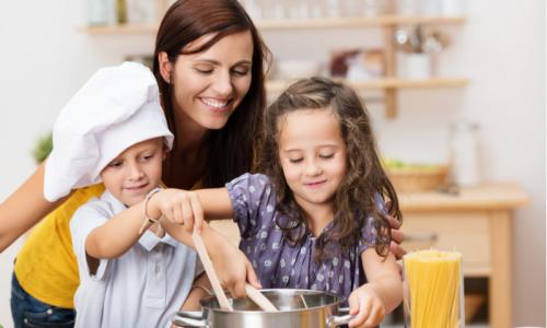 Masak dengan anak happy