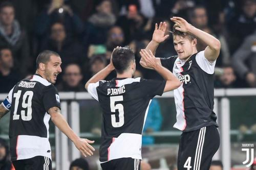 Suasana laga Torino vs Juventus