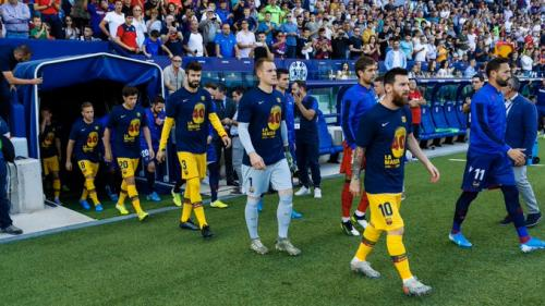 Suasana laga Levante vs Barcelona