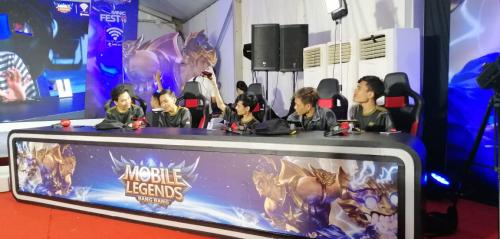 Tim DFN Esport Juara Turnamen Mobile Legend di MNC Fest