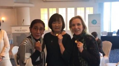 Susi Pudjiastuti bersama Aike Abe dan Susan Rockefeller (Twitter)