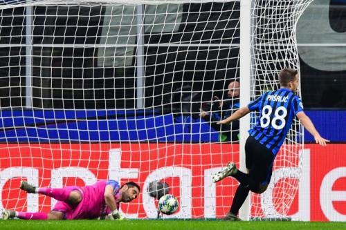 Mario Pasalic menyamakan kedudukan di menit 49 (Foto: UEFA)