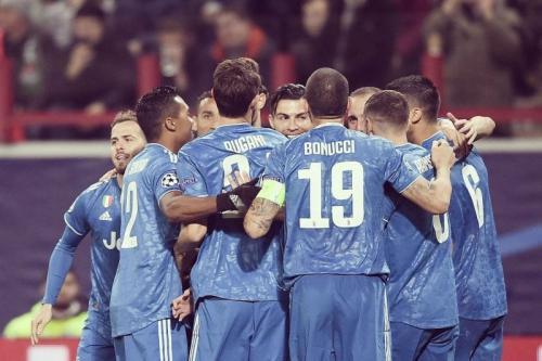 Skuad Juventus tetap sama seperti di dunia nyata (Foto: UEFA)