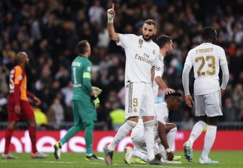 Karim Benzema mencetak dua gol saat menghadapi Galatasaray (Foto: UEFA)