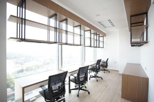 ruang kerja terang