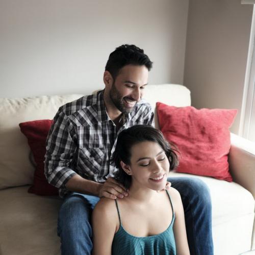 Wanita rileks horny