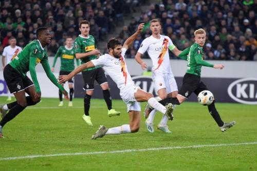 Suasana laga Mochengladbach vs Roma