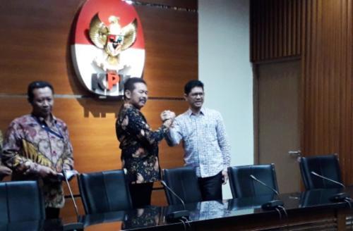 aksa Agung ST Burhanuddin bertemu pimpinan KPK. (Foto: Arie Dwi Satrio/Okezone)