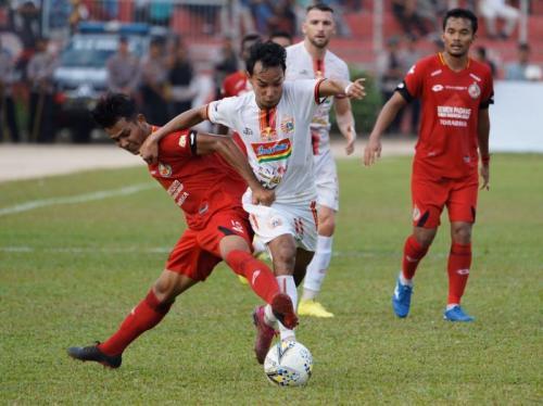 Novri Setiawan vs Semen Padang (Foto: Media Persija)