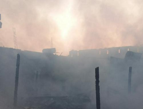 Pasar Ngunut, Tulungagung, terbakar. (Foto : Okezone.com/Avirista Midaada)