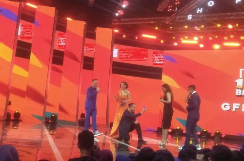 Vicky Prasetyo kembali melamar Sahila Hisyam untuk kedua kalinya. (Foto: Okezone/Rena Pangesti)