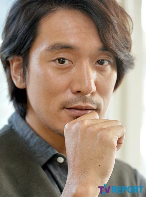 Kim Min Joon akan menjadi lawan main Song Ji Hyo dalam Begin Again. (Foto: TV Report)