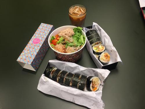 Sushi nikmat sekali