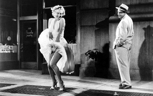 Foto rok terbang Marilyn Monroe ini merupakan salah satu foto ikonik Marilyn Monroe selama lebih dari 60 tahun. (Foto: Shaw Family Archives)
