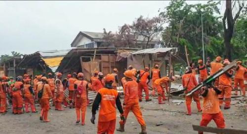 Pemprov tertibkan lapak pengepul barang bekas di Sunter Jaya Jakarta Utara. (Ist)