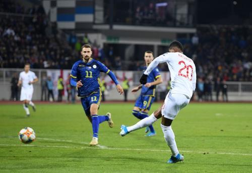 Inggris vs Kosovo