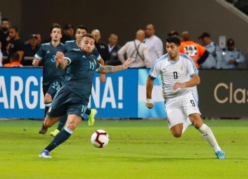 Luis Suarez mencatatkan satu gol dan satu assist (Foto: Twitter/Uruguay)