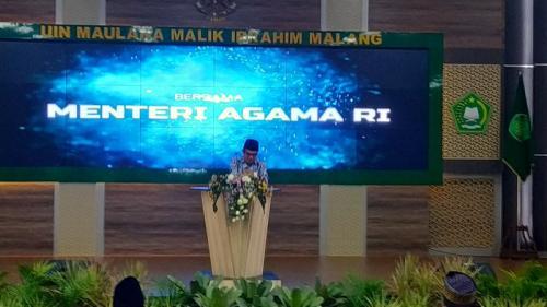 Menag Fachrul Razi di UIN Maliki Malang, Jatim (foto: Okezone/Avirista Midaada)