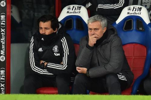 Rui Faria dan Jose Mourinho (Foto: AFP/Glyn Kirk)