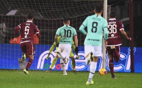 Lautaro Martinez membuka keunggulan Inter Milan di menit 12 (Foto: Twitter/Inter Milan)