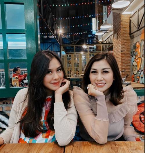 Syahnaz Sadiqah dan Nisya Ahmad