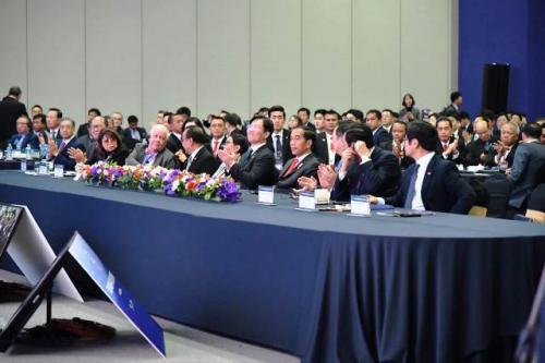 Jokowi di ASEAN-RoK CEO Summit. (Foto: Biro Pers Setpres)