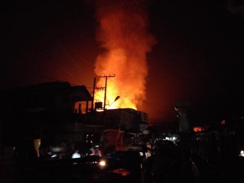 Kebakaran di Madina (Foto: Okezone/Liansah)