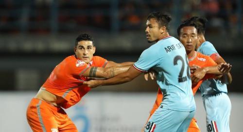 Borneo FC vs Persela Lamongan