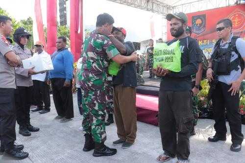 Panglima TNI di Skow