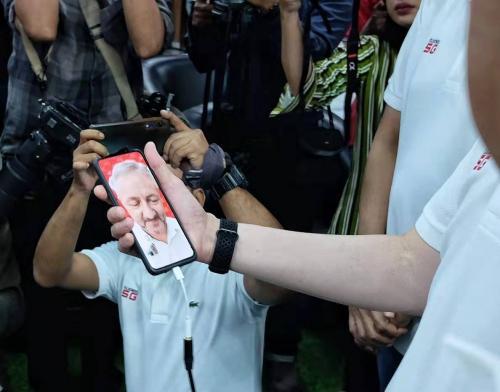 Lewat Ponsel Reno, Oppo Uji Coba 5G di Indonesia