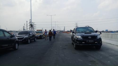 Jalan Tol Japek II