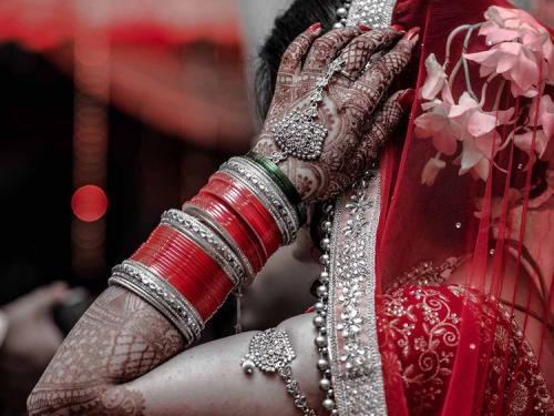 Rencana pernikahan yang sudah tersusun dengan matang otomatis menjadi berantakan.