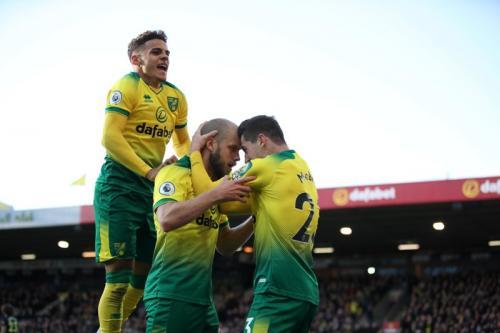 Suasana laga Norwich vs Arsenal