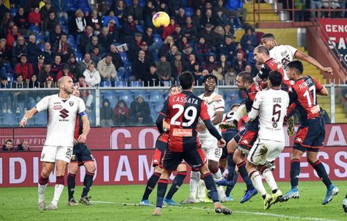 Sundulan Bremer memastikan tiga poin buat Torino (Foto: Torino)
