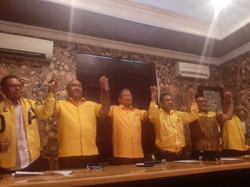 Tim 9 Bambang Soesatyo gelar konferensi pers terkait Munas Golkar. (Foto: Fahreza Rizky/Okezone)
