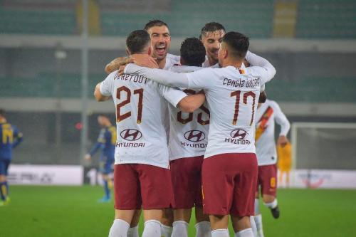 Suasana laga Hellas Verona vs AS Roma
