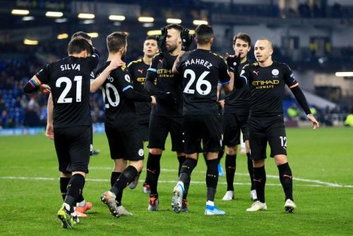 Para pemain Man City melakukan selebrasi