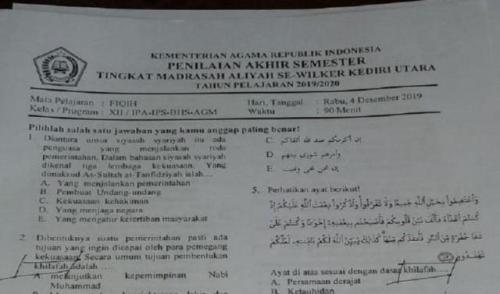Soal ujian madrasah aliah di Kediri yang berisi materi khilafah. (Foto: Ist/iNews.id)