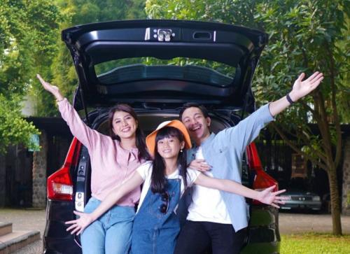 Suzuki Goda konsumen dengan gadget dan perjalanan ke Jepang