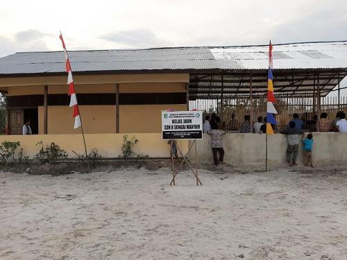 Sekolah Dasar Negeri (SDN) 8 di Dusun Manyam 1, Kalbar (foto: Okezone/Ade Putra)