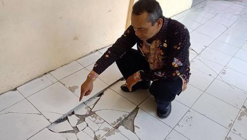 Kondisi SDN 1 Getrakmoyan, Kecamatan Pangenan, Kabupaten Cirebon, Jawa Barat (foto: Okezone/Fathnur Rohman)
