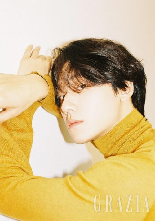 Lee Do Hyun berkesempatan untuk beradu akting dengan aktris senior Kim Ha Neul dalam 18 Again. (Foto: GRAZIA)