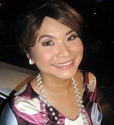 Ulfa Dwiyanti terkesan mundur dari industri hiburan setelah tiga kali gagal membina rumah tangga. (Foto: Okezone)