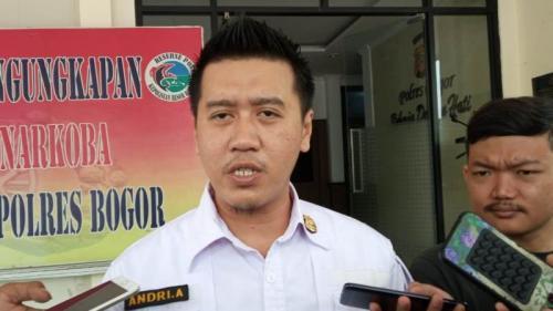 Kasat Narkoba Polres Bogor, AKP Andri Alam (Foto : Okezone.com/Putra Ramadhani Astyawan)