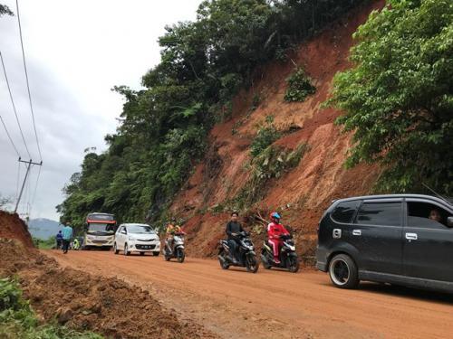 Tanah longsor di Kabupaten Lima Puluh Kota, Sumatera Barat. (Foto: Aini Lestari/Okezone)